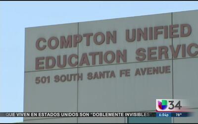 Padres alertan sobre estado de abandono escolar