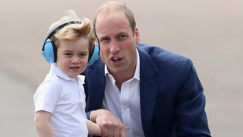 William y Kate llevan a George a una exhibición aérea militar.