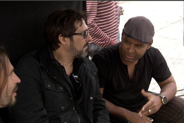 Tony junto a Sergio, guitarrista de Maná, y a Pablo, director del video...