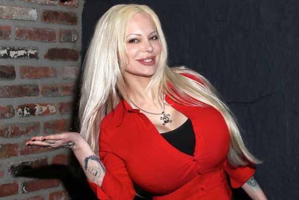 Sabrina también escribirá su autobiografía pronto. Mira aquí los videos...