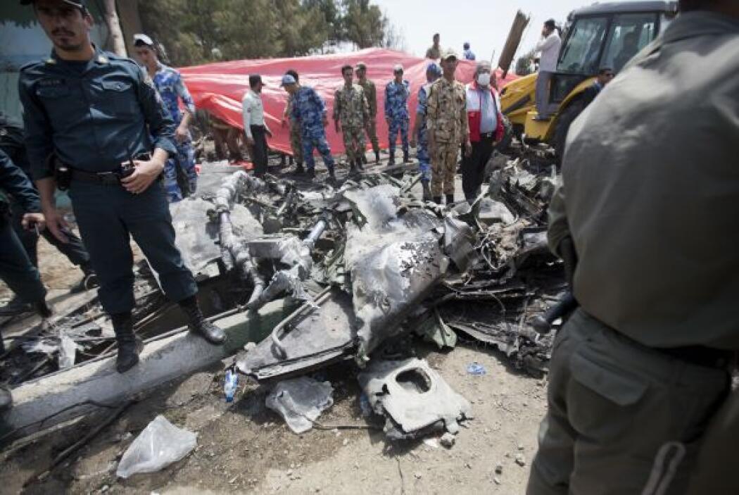 Según informes preliminares, el avión se estrelló cerca de la zona resid...