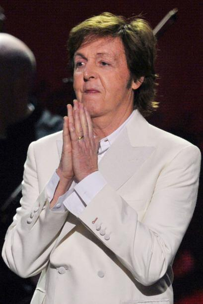 Por todas las cosas que se ha hecho el señor McCartney por quitarse unos...
