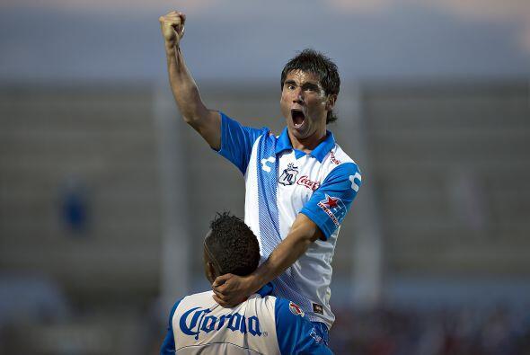 Los delanteros Julio Furch y Matías Alustiza son los líderes al momento...