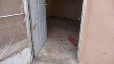 Los gatilleros revisaron algunas viviendas y asesinaron a 11 de sus habi...