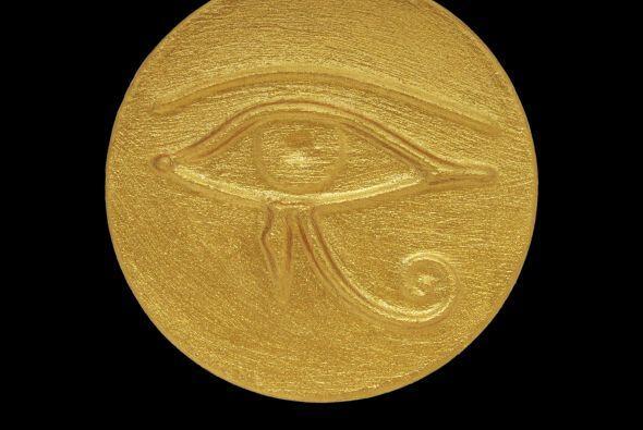 """El """"ojo de Horus"""" se refiere al dios Horus, uno de los más import..."""