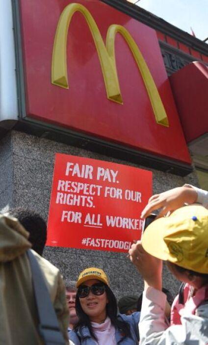 El resultado, según Kaeder, es que, además de un mayor salario, tienen,...