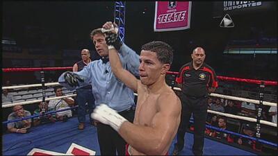 McWilliams Arroyo vence a Rigoberto Casillas