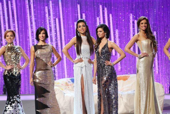 Trajes de gala cuarta gala NBL 2014