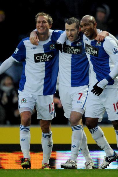 Blackburn Rovers goleó 3 a 0 al Wolverhampton.