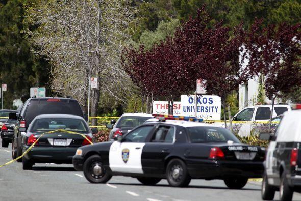 El 2 de abril de 2012  un hombre mató a una conserje y a seis est...