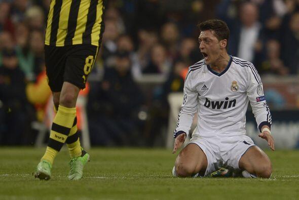Ni la magia de Mesut Özil ni de otros cracks del Madrid aparecía en los...