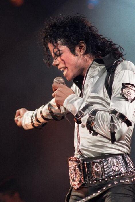 Al poco de morir, muchos expertos vaticinaron que el 'rey del pop' produ...