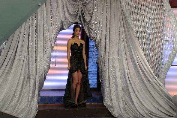 Este increíble vestido lo utilizó nuestra querida B&aacute...