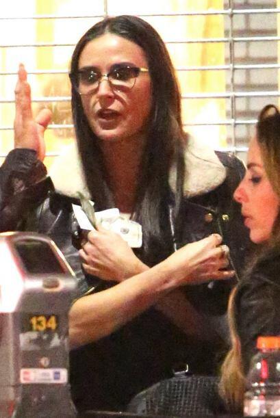 Demi dejó verse con su nuevo amor hace un par de meses. Mira aqu&...