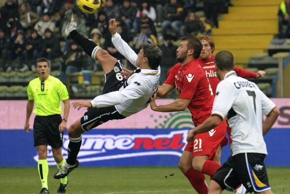 Parma fue superado por el Cagliari por 2-1.