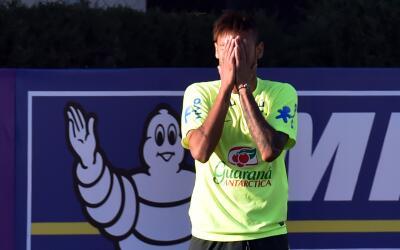 El futbolista habló sobre su polémico video donde aparece en estado de e...