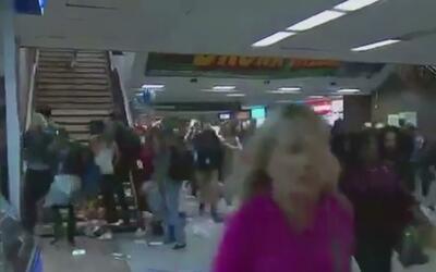 Un policía dispara una pistola eléctrica y desata el pánico en Penn Station