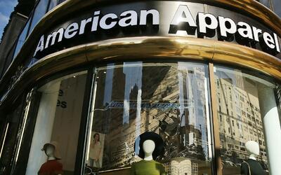 Empleados de la fábrica de costura American Apparel denuncian despido ma...