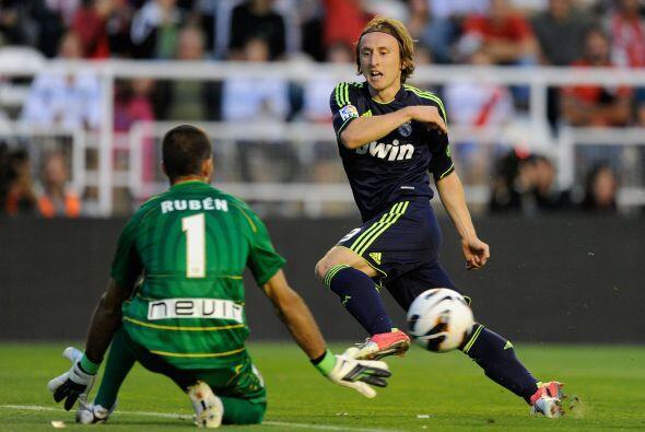 Luka Modric tuvo un buen partido, aunque no lo pudo complementar con gol.