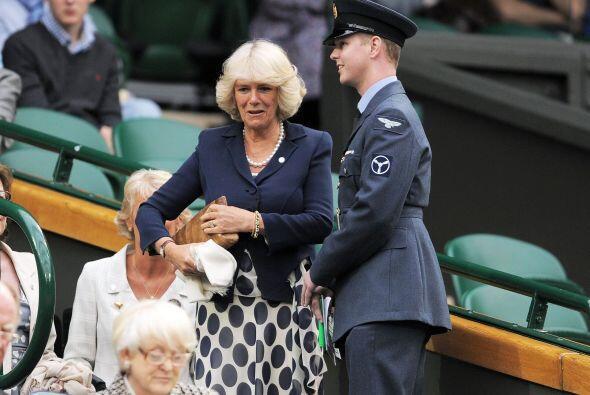 La duquesa de Cornwall, Camilla Parker, llegó muy puntual a la ci...