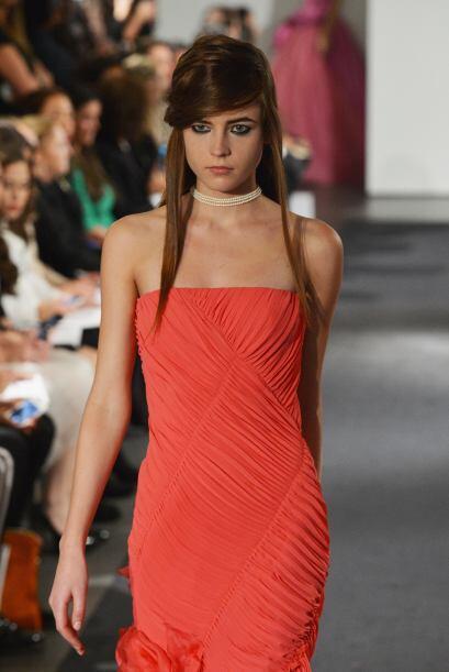 Estos tonos, perfectos para el otoño, los vestido de novia en rojo se su...