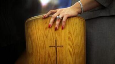 Un cura católico reconoció haber abusado centenares de veces de tres men...