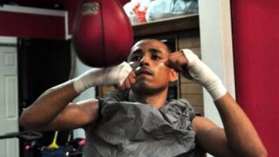 Giovani Segura se preparó para una pelea larga contra Hernán Márquez.