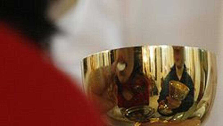 La iglesia Católica enfrenta una grave crisis a raíz de los abusos de me...