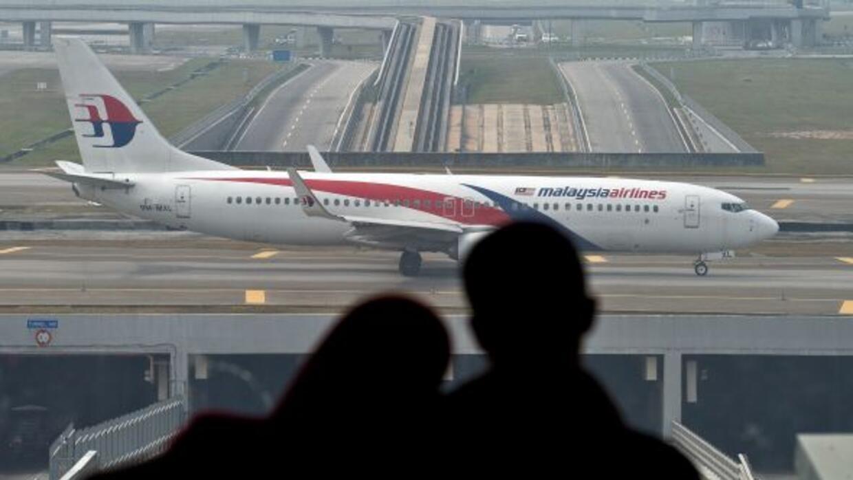 Nuevas tecnologías permitirán reconocer mejor los aviones en pleno vuelo.