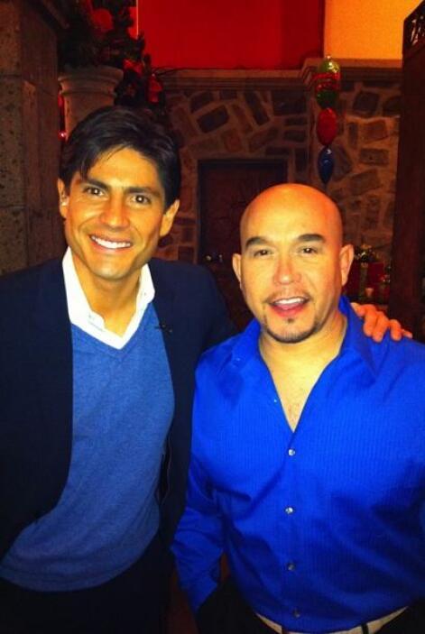 Y con el gran Lupíllo Rivera en las fiestas decembrinas. ¡Qué manera de...