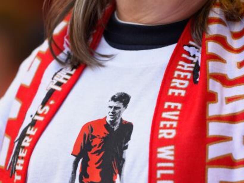 Los seguidores del Liverpool estaban viviendo una tarde redonda pues su...