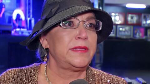 Doña Rosa Rivera no pudo contener el llanto en el cumpleaños de Jenni Ri...