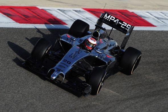 McLaren viene con todo en el 2014. Tiene 8 coronas universales, no ha te...