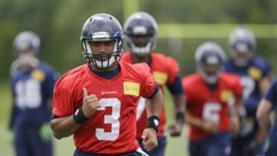 Russell Wilson (AP-NFL).
