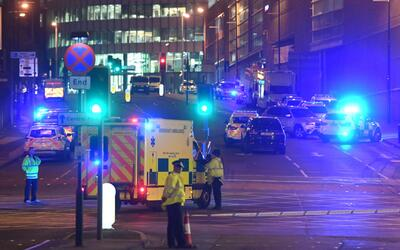 ISIS asume responsabilidad por ataques terroristas en Manchester, Inglat...