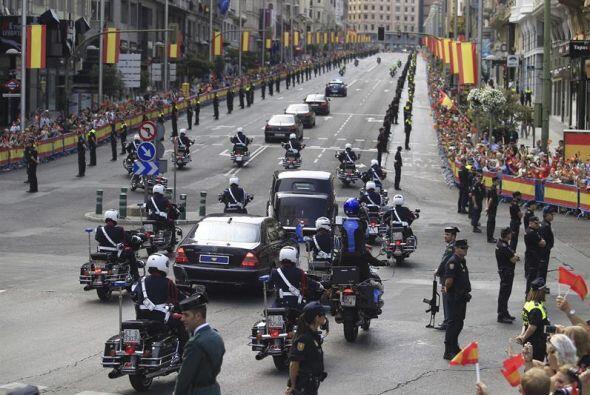 Cientos de elementos de seguridad vigilaban las calles.