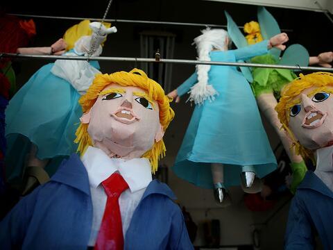 Piñatas de Donald Trump han resultado todo un éxito de ven...