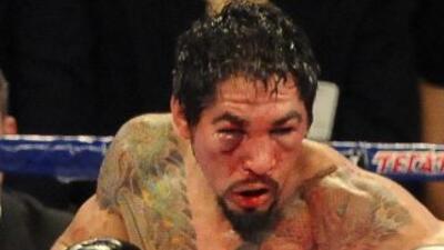 El mexicano demostró a su vez un gran corazón, al aguantar a pie firme t...