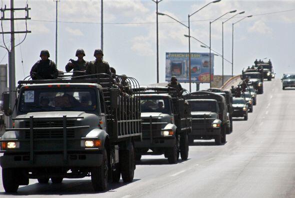 El presidente Felipe Calderón lanzó una ofensiva militar contra el crime...
