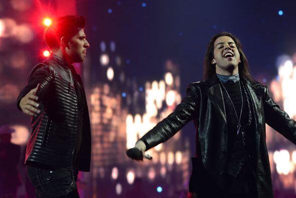 Jencarlos Canela dio un gran número musical con Raúl Vidal...