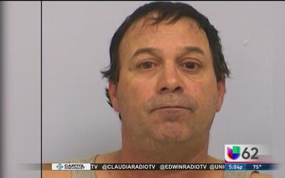 Hombre enfrenta cargos por arrollar a dos peatones en el centro de Austin