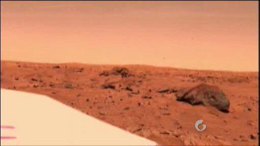También en Marte se han posido observar figuras que parecen indicar la e...