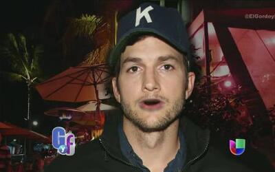 En vivo, Ashton Kutcher se defendió de los insultos de Demi Moore