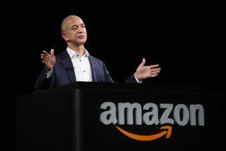El millonario propietario de Amazon promete experimentar e inventar con...