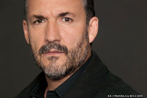 Ramón (Juan Sahagún) es el padre de Mariano. Su mayor ilus...