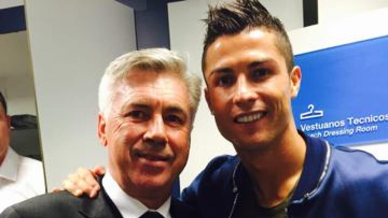 Cristiano y Ancelotti en la foto subida por el portugués a Twitter.