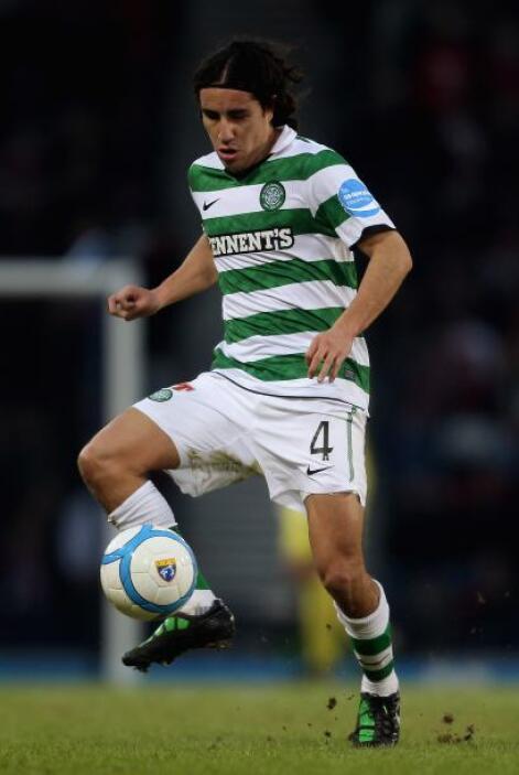 Juárez tuvo poca actividad con el Celtic de Escocia, mientras que Barrer...