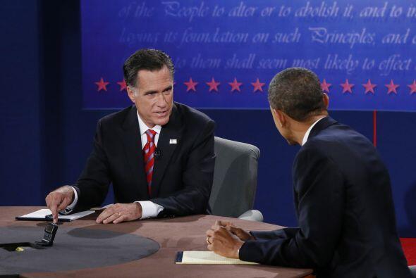 Por su parte, Mitt Romney afirmó que si gana las elecciones lucha...