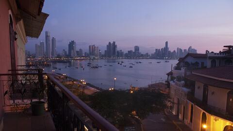 Vista de la Ciudad de Panamá desde el Casco Viejo.