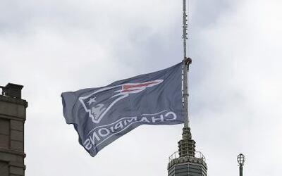 La ciudad se preparaba para ovacionar a los campeones del Super Bowl. (A...